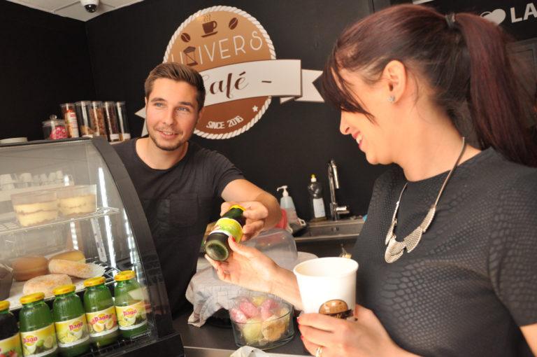 Univers-Café